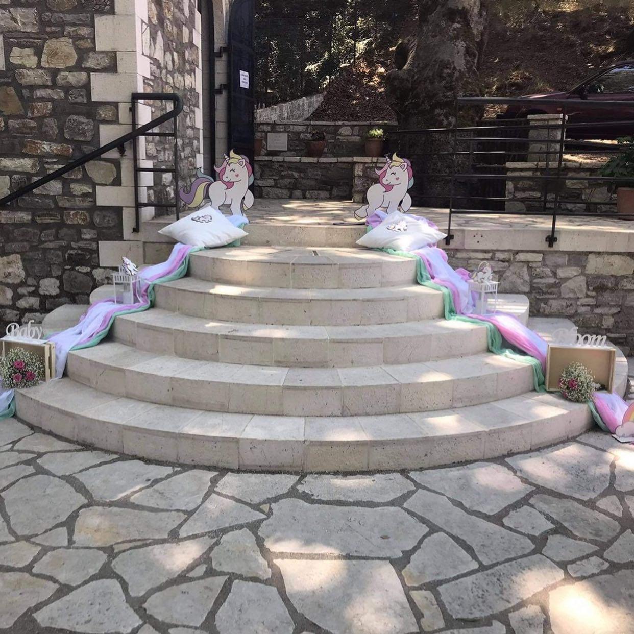 Διακόσμηση βάπτισης στο θέμα μονόκερως για κοριτσάκι 8