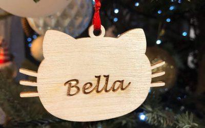 Χριστουγεννιάτικο στολίδι γατούλα με όνομα2 Mairyland.gr